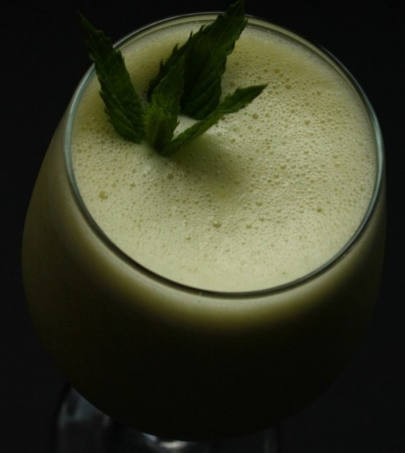 pineapple coconut mint slush